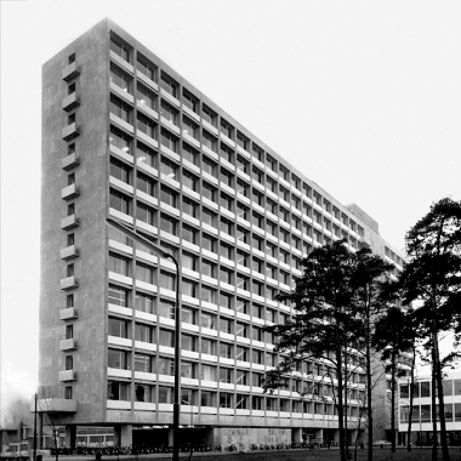 University Of Amsterdam Dorms: Office Winhov